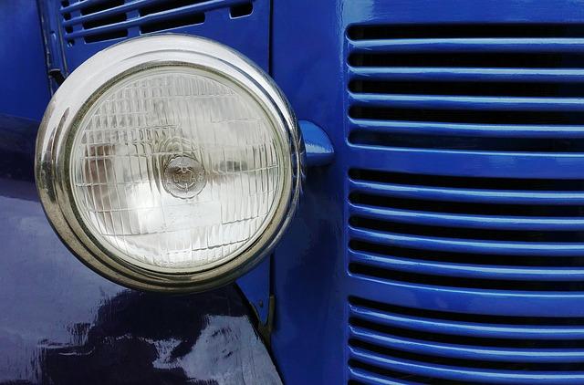 světlo traktoru