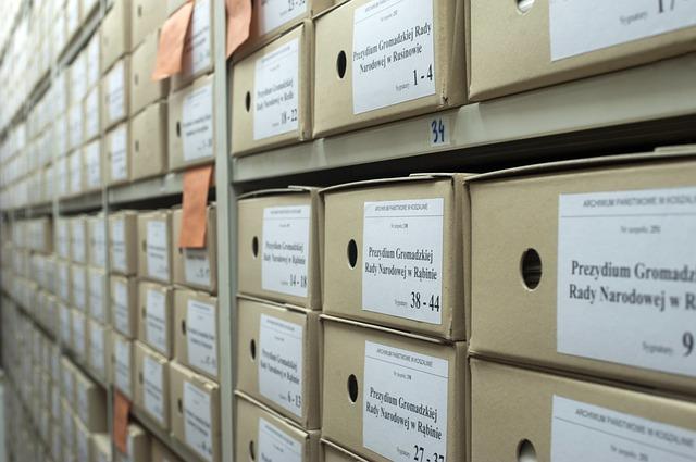archiv zakázek v krabicích